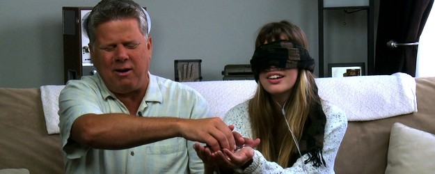 Tommy Edison challenges Claire Wineland from http://YouTube.com/ClairityProject to guess what's in her hand while blindfolded. Subscribe to Claire: http://www.youtube.com/subscription_center?add_user=clairityproject About Claire: Claire Wineland is 18 years old and has cystic fibrosis – a genetic disease that affects the lungs and digestive system. Her channel, The Clairity Project, is about sharing […]