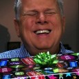 """Tommy Edison, who has been blind since birth, talks about whether or not people should wrap gifts for those who are visually impaired. Directed/Edited by Ben Churchill http://benchurchill.com —— MUSIC """"Jingle Bells"""" by Pittman """"Silent Night"""" by Brian T. Collins """"Let It Be Christmas"""" by Nicolai Heidlas Music used under […]"""