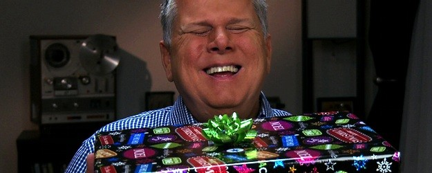 "Tommy Edison, who has been blind since birth, talks about whether or not people should wrap gifts for those who are visually impaired. Directed/Edited by Ben Churchill http://benchurchill.com —— MUSIC ""Jingle Bells"" by Pittman ""Silent Night"" by Brian T. Collins ""Let It Be Christmas"" by Nicolai Heidlas Music used under […]"